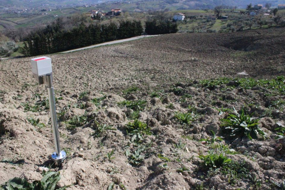 Post-earthquake landslides in Abruzzo: Ponzano has got a new real time landslides monitoring system